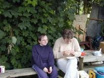 2005Dan&KylieLeaving04
